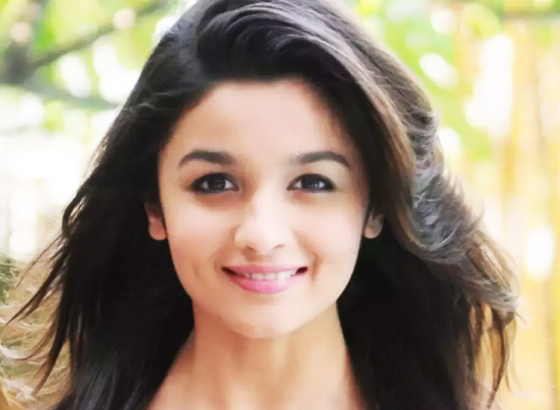 Who gave Alia Bhat that ?