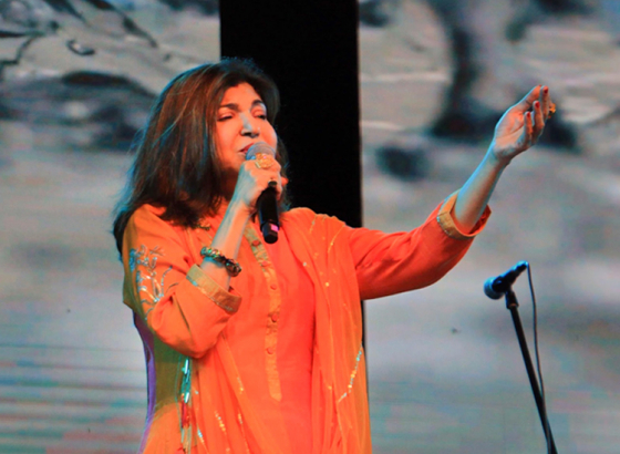 Mother's Day Brightens with Alka Yagnik's Performance