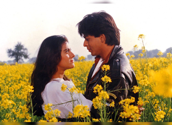 Fans Lip-Synching Song from DDLJ