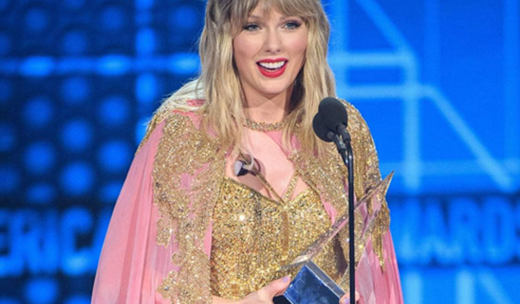 Taylor Swift beats Jackson's record